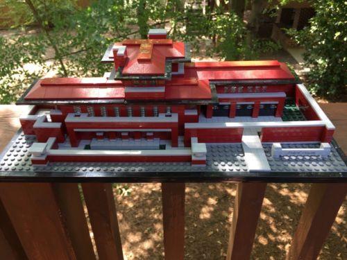 LEGO ARCHITECTURE ROBIE HOUSE - 21010 - Complete With Box & Instructions! https://t.co/i3ueork7km https://t.co/qfN8PBgumJ http://twitter.com/Soivzo_Riodge/status/774137719131824129