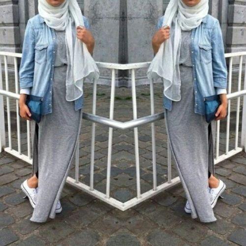 sporty hijab outfit, Hijab spring street fashion http://www.justtrendygirls.com/hijab-spring-street-fashion/