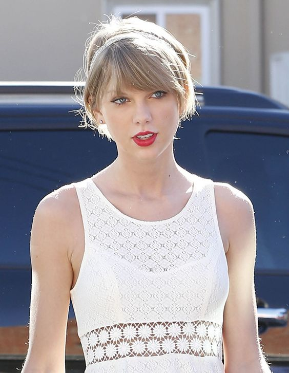 Taylor Swift is seen heading to the gym in Los Angeles - http://celebs-life.com/?p=78128