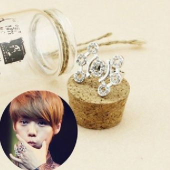 KPOP EXO-M K PLANET shaped ring