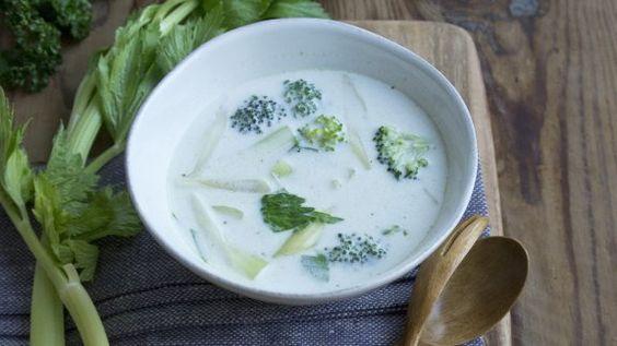 Rezept: Brokkoli-Stangensellerie-Suppe