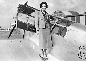 Jean Batten, all around badass, pilot of first solo flight from England to NZ #FilmHerStory http://t.co/l3oNH1fTIQ