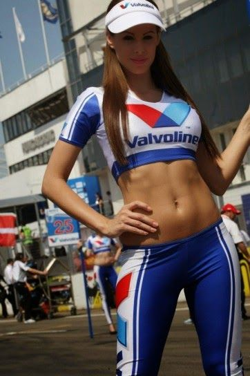 REAL MADRID GIRLS™: F1 PADDOCK GIRLS see more at : http://realinia.blogspot.gr/p/f1-paddock-girls.html