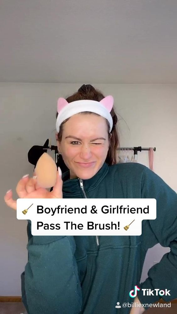 Boyfriend Girlfriend Pass The Brush Challenge Video Natural Makeup Boyfriend Girlfriend Quotes Makeup Challenges