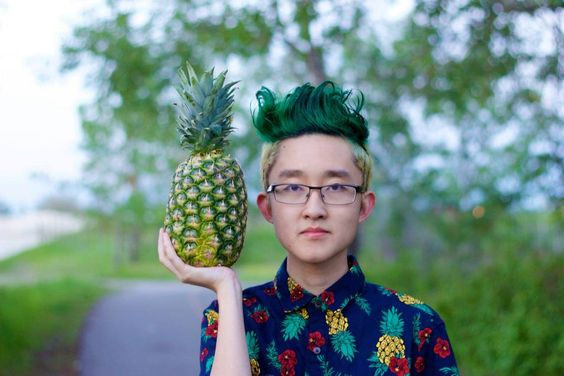 The consequence of losing a bet: pineapple hair! Surprisingly, the pineapple look on Hansel Qiu really works.