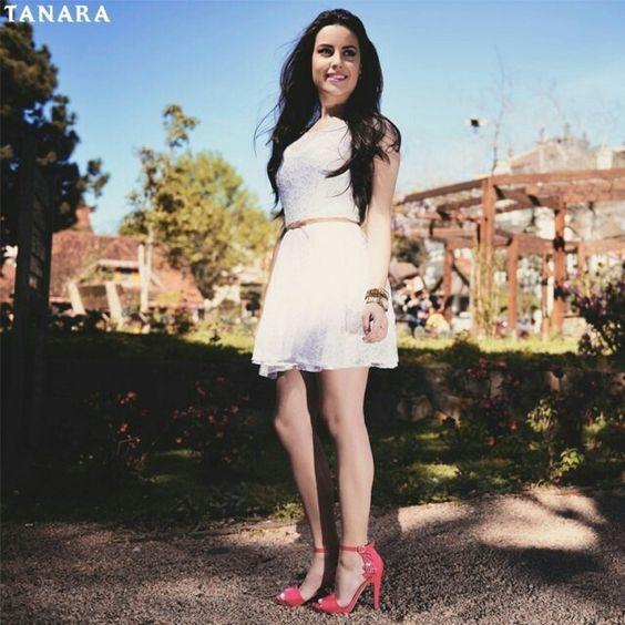 Todo dia é dia de estar linda. Todo dia é dia de usar sapatos Tanara. #tanaralovers #shoesfirst #pinkshoes #welove  Amou o sapato da foto? Acesse tanarabrasil.com.br e procure pela referência N7744