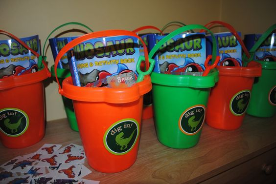 Dinosaur party favors- Dino dig  - Would be so awesome if you had a sandbox or made one for the party!