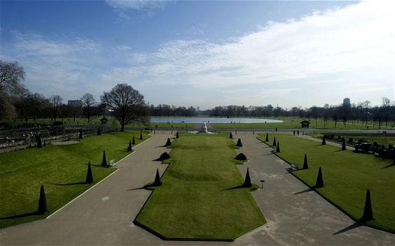 The gardens of Kensington PalacePhoto: MIGUEL MEDINA/AFP/Getty Images