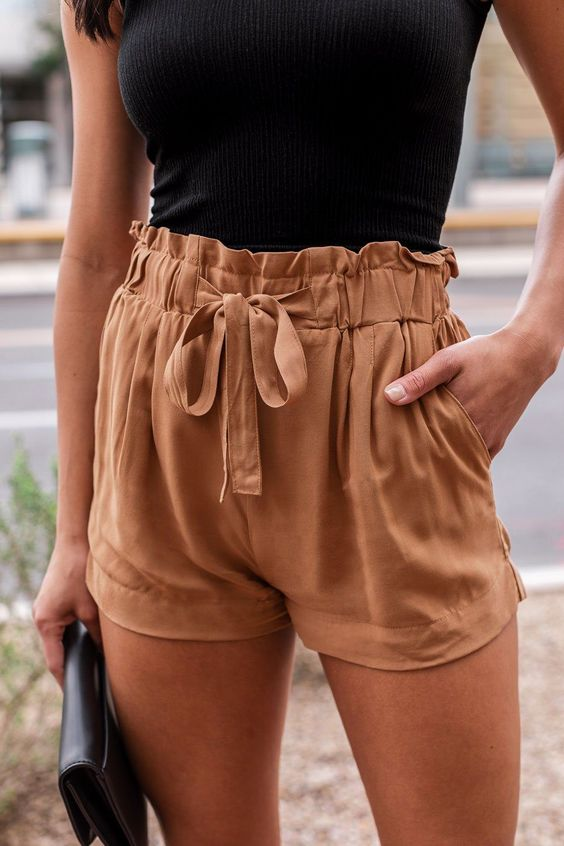 Front Paperbag Shorts styled with a tee shirt