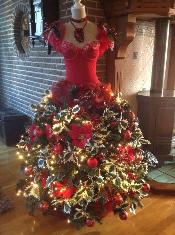 Diy Mannequin Christmas Tree 9 Dress Form Tutorials Free Christmas Tree Dress Dress Form Christmas Tree Mannequin Christmas Tree