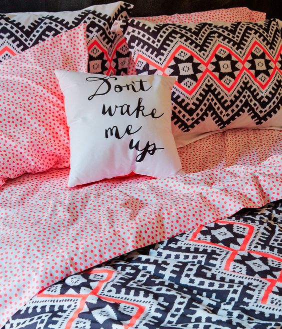 Pillows bed in a bag and aeropostale on pinterest for Aztec bedroom ideas