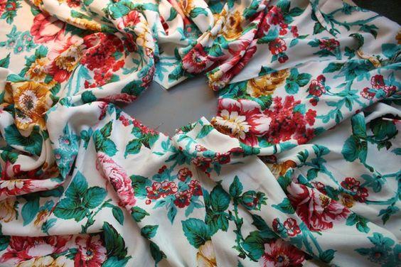 One Pearl Button: Tutorial: Twenty Minute Skirt