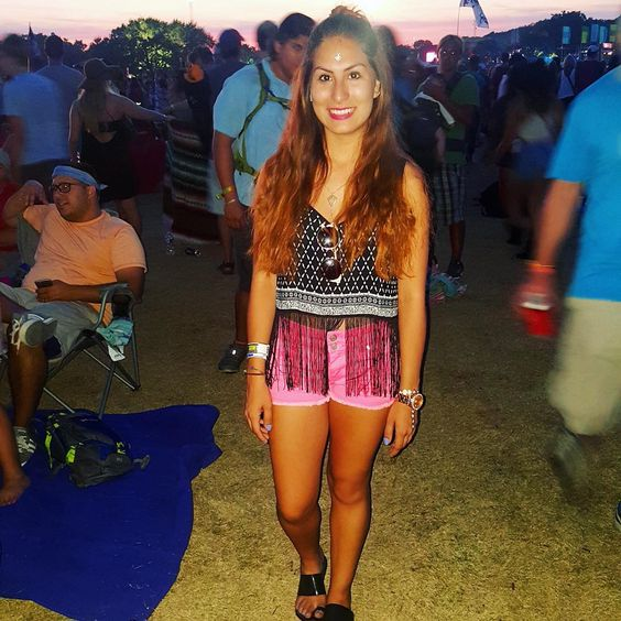 Throwback to ACL fest - take me back  IG: itsxoxoloriallison