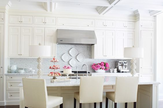 love the bright flowers a neutral space