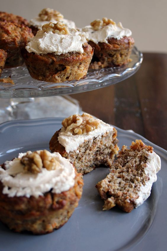 Low Carb No Sugar Carrot Cake Muffins - so healthy you could have it for breakfast. Grain free, packed with carrots and sweetened with banana and stevia. Super-moist and so easy to make: