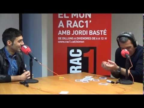 Antonio Díaz fascina Antonio Banderas amb els seus trucs de màgia - YouTube