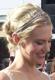 Check out January Jones in a custom Kwiat head piece made from our diamond strings! Great for a red carpet look or to spice up your every day outfit!