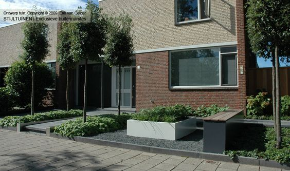 Moderne tuinen strak en modern tuinontwerp tuin for Voortuin strak modern