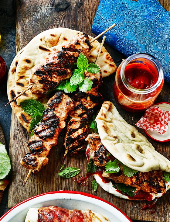 Moroccan chicken flatbreads - Delicious marinated chicken spiked with ras el hanout