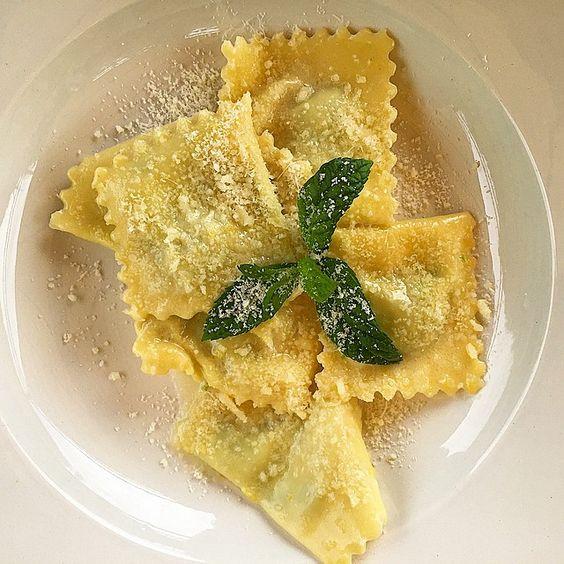 Asparagus ravioli, lemon butter mint#porchettiamo2015#lamadonnadelpiatto#winelinkinkinItaly