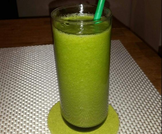 Rezept gesunder grüner Smoothie von thermi1006 - Rezept der Kategorie Getränke