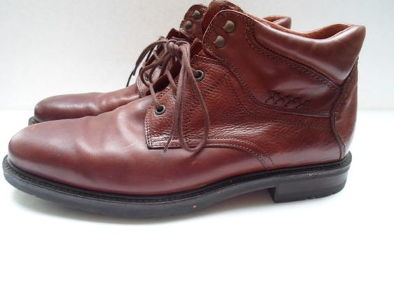 Vintage Size 10.5  Johnston & Murphy Ankle Boot by FredsFoibles