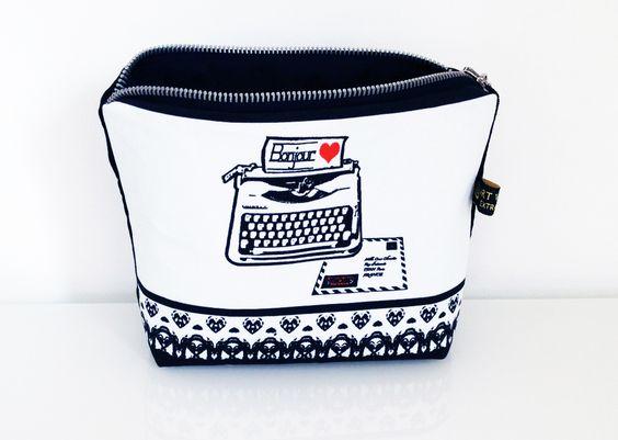 cossmetic bag with typewriter and love letter art van mil design fabric http://art-van-mil.blogspot.de/2013/10/schreibmaschinenstoff-und.html