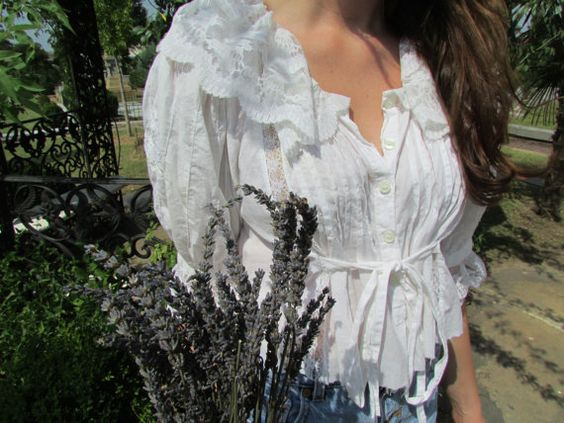 Victorian Lace Blouse by fernsandmossvintage on Etsy, $48.00