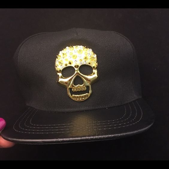☠HAT☠ Skull time! Black baseball hat with Gold☠. Adjustable strap.  BRAND NEW - without Tag. Accessories Hats