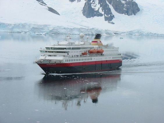 check over here http://earth66.com/boat/nordkapp-antartica-2004/