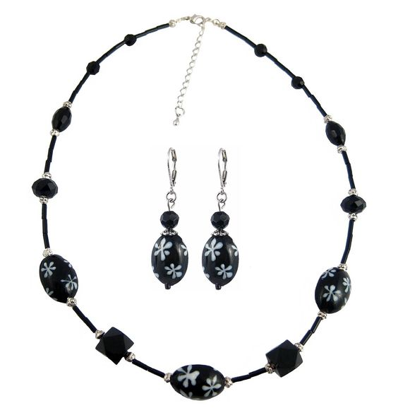 Glass Necklace and Earring Set - Black and White Daisies (N315)