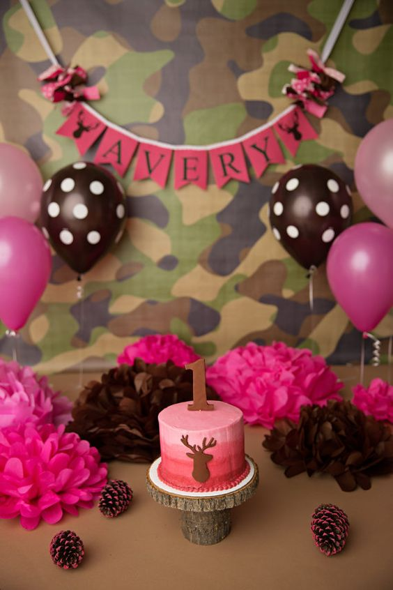 CAMO BIRTHDAY BANNER / 1st birthday girl / 1st birthday cake smash / Pink camo