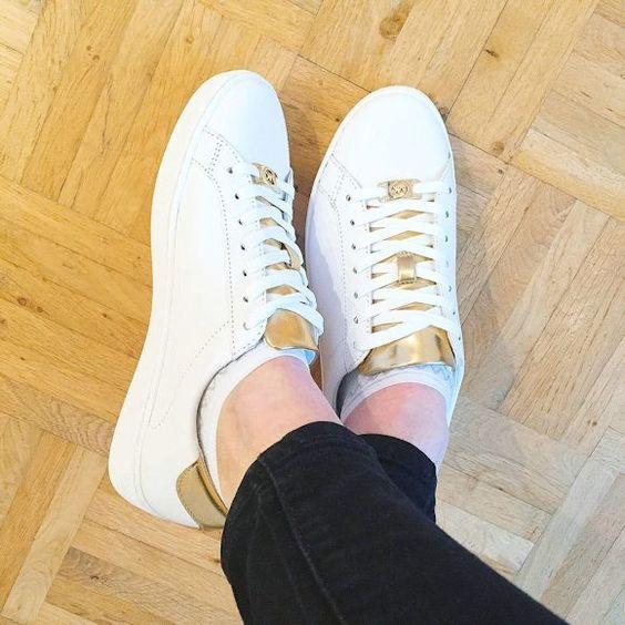 Baskets Irving Michael Kors blanches et dorées >> http://ptilien.fr/QO4N #sneakers