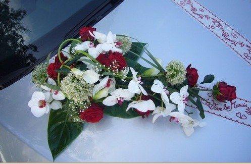 composition florale voiture mariage - Recherche Google