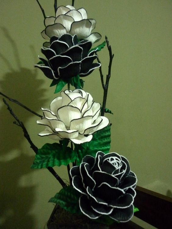 Pinterest the world s catalog of ideas - Flores sencillas de goma eva ...