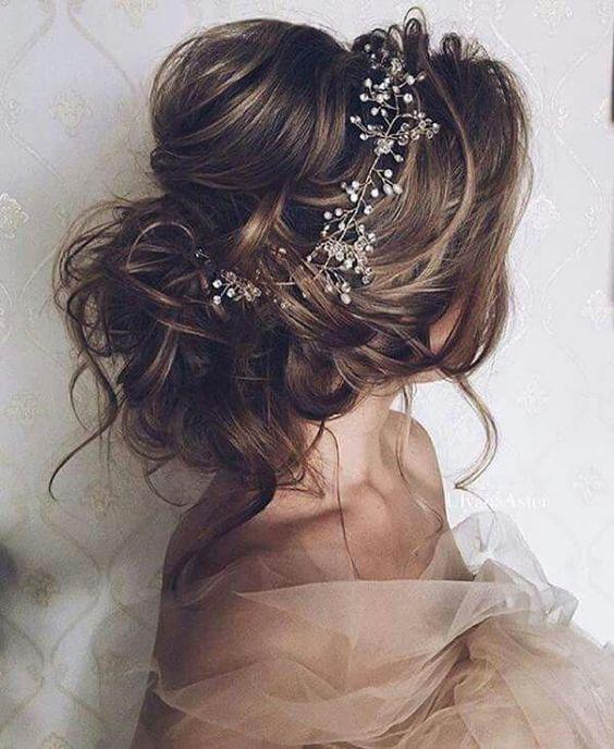 Pin Von Manou Imene Auf Hair Haarschmuck Hochzeitsfrisuren Frisur Hochzeit