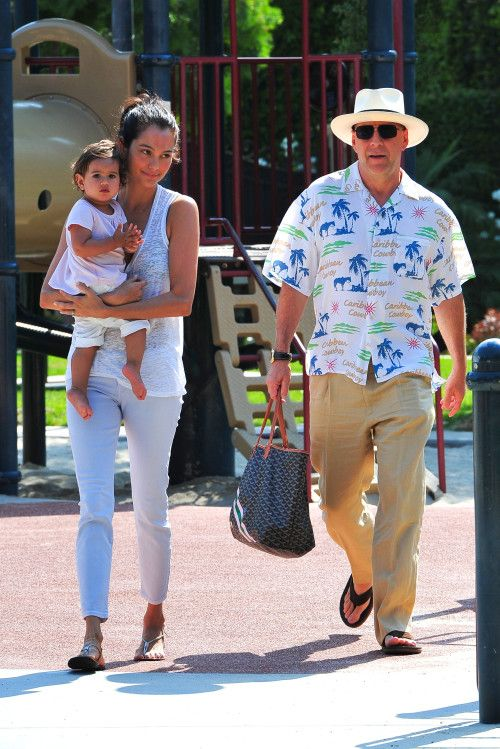 Bruce Willis and Emma Heming have a Sunday funday with baby Mabel