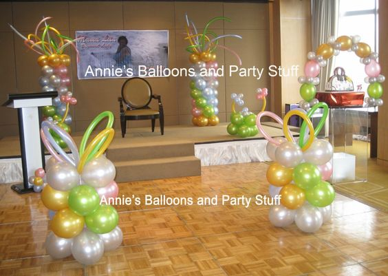 Balloon arrangements balloons and stage design on pinterest for Balloon decoration for stage