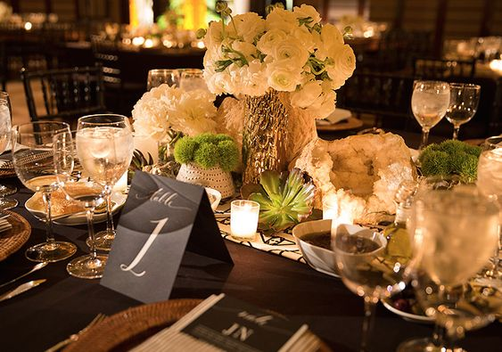 Inside Nate Berkus's Wedding// geodes, flowers