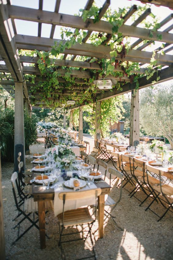 outdoor entertaining, wedding reception, venue // Photography: Delbarr Moradi Photography / Planning: Soiree by Simone Lennon / Floral Design: Fleurs Du Soleil