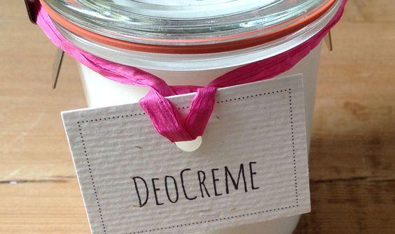 Deocreme (Kokosöl, Sheabutter, Natron, Speisestärke, äth. Salbeiöl)