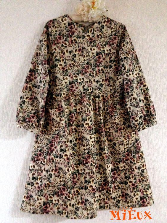 【50代になった私が着易くて可愛いらしく、ぽっちゃりの体型を品よくカバーできる服を制作しています。画像のモデルが恥ずかしくも私自身ですが、共感頂ける方へ・・・...|ハンドメイド、手作り、手仕事品の通販・販売・購入ならCreema。