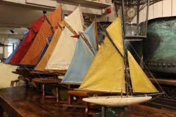 Antique Pond Yachts - http://www.spencerswaffer.co.uk