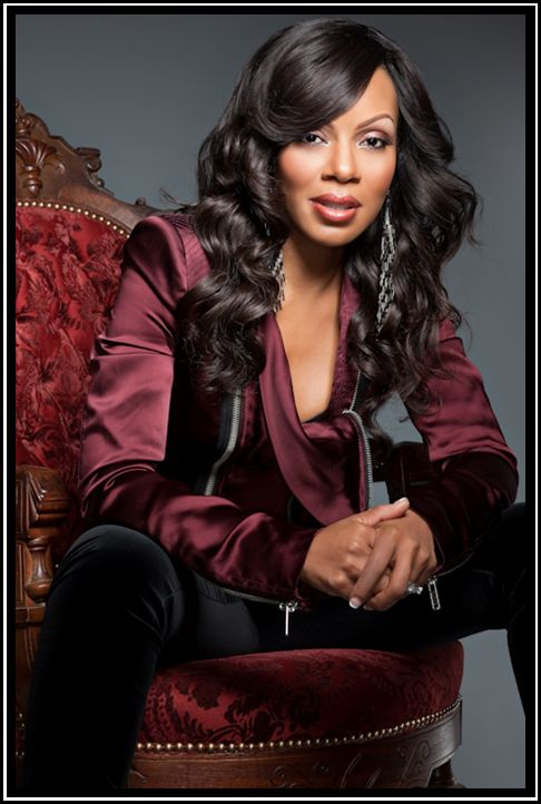 Wendy Raquel Robinson is covering the April 2012 issue of BE magazine
