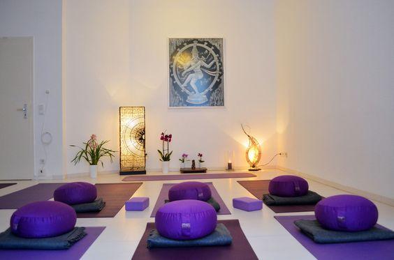 Yoga Präventionskurse für Erwachsene in Berlin Friedrichshain im Infinity Sunlight Studio