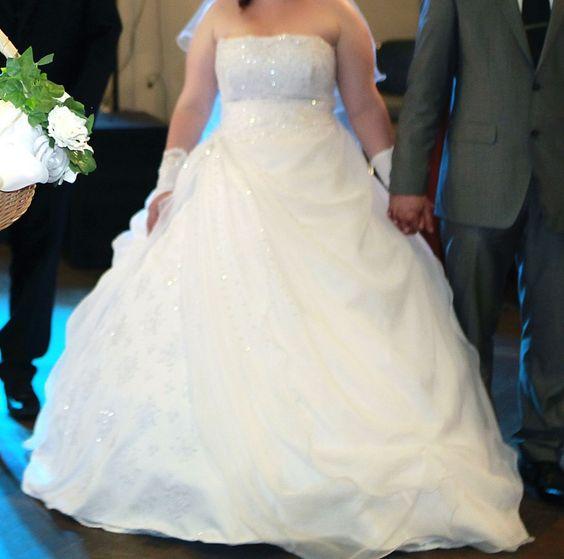 ♥ Prinzessin sein im Hochzeitskleid Brautkleid in Gr.42 Weiß Top Zustand ♥  Ansehen: http://www.brautboerse.de/brautkleid-verkaufen/prinzessin-sein-im-hochzeitskleid-brautkleid-in-gr-42-weiss-top-zustand/   #Brautkleider #Hochzeit #Wedding
