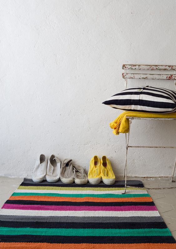 Striped rug in cotton – Rugs – GUDRUN SJÖDÉN – Webshop, mail order and boutiques | Colorful clothes and home textiles in natural materials.