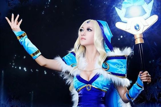 Crystal Maiden Cosplay From DOTA 2 :D i actually play the game too lol [ Ryu ] #anime #cosplay #animecosplay #crystalmaiden #dota2
