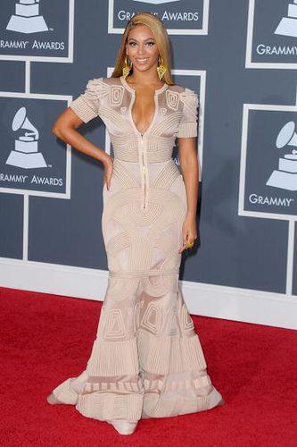 Beyonce on Red Carpet at Grammy's