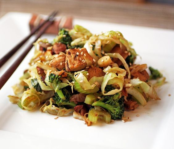 A paleo stirfry using shredded cabbage as noodles